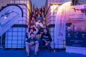L'équipe du LUDyLAB, les membres des startups DroneIndoor.fr, wepulsit et drone interactive ainsi que les pilotes de drones ayant participé à l'événement Game of Drones début octobre 2017 à Chambretaud en Vendée