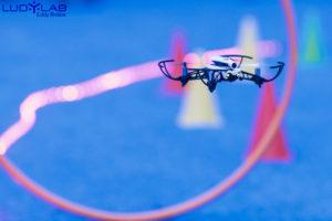 Pilotage de drone en intérieur (indoor) sur un parcours balisé