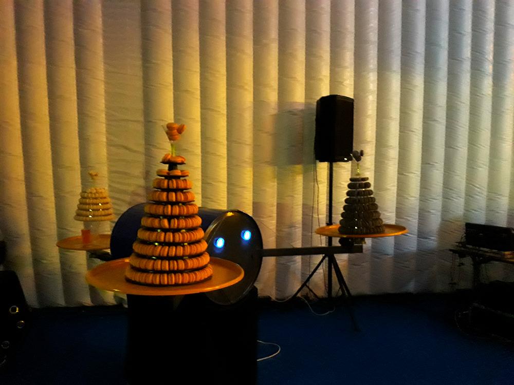 Inauguration du LUDyLAB à Chambretaud en Vendée : pièces montées de macarons