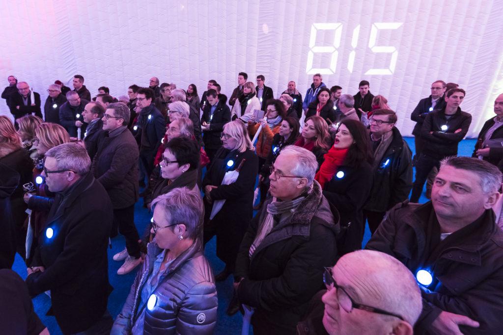 Inauguration du LUDyLAB à Chambretaud en Vendée : passagers du LUDyLAB dans l'espace Drone Indoor